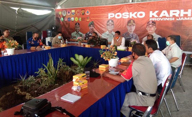 Kegiatan Briefing Posko Satuan TugasKarhutla Prov. Jambi di kantor BPBD Prov Jambi. (FOTO : JambinetID/Rem, Rabu 19/08/20)