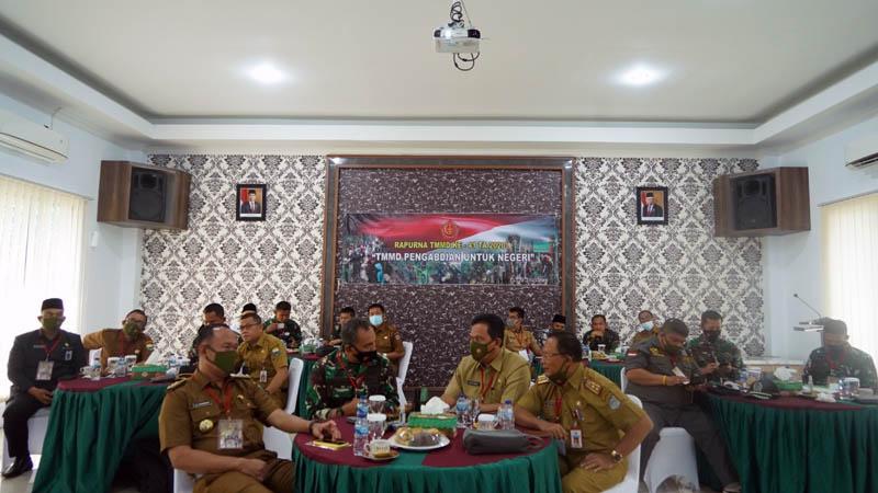 FOTO : Danrem 042/Gapu Brigjen TNI M. Zulkifli Saat Ikuti Rapat Paripurna (Rapurna) TNI Manunggal Membangun  Desa (TMMD) ke-41 Tahun Anggaran 2020. [FOTO : JambiNET/REM042]