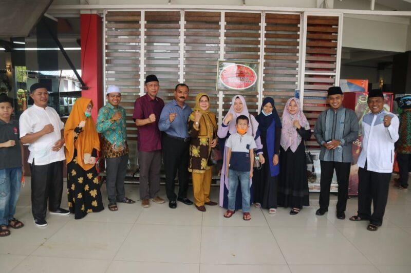 Qari dan Qariah Utusan Tanjab Barat Saat Berada di Padang Sumatera Barat. [FOTO : JambiNET/KESRA]