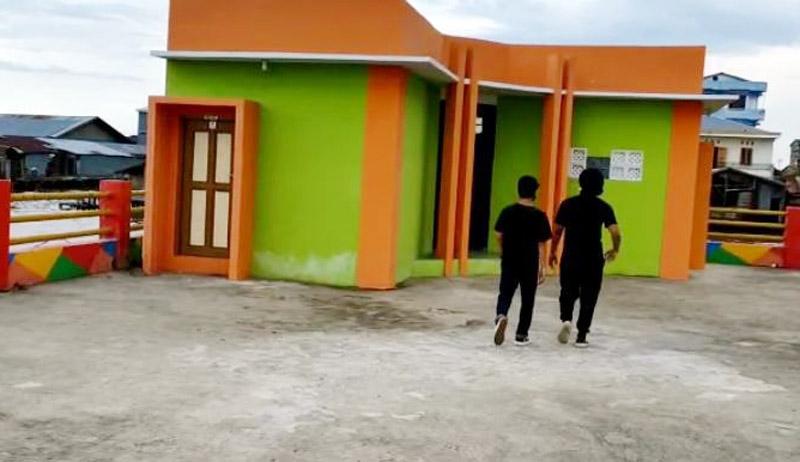 Bangunan Toilet di Ajungan Marina Pengabuan atau Water Front City (WFC) Kuala Tungkal. [FOTO JambiNET]