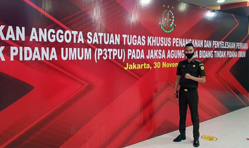 FOTO : ovan Harpanta, SH, MH, Saat Mengikuti Pelantikan oleh Kepala Kejagung RI di Kantor Kejaksaan Agung RI, Jakarta. [FOTO : JambiNET/Ist]