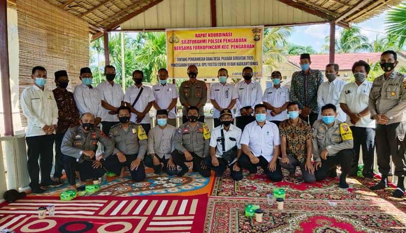 Polsek Pengabuan Rapat Koordinasi Forkompincam dan Kades se Kecamatan Pengabuan. [FOTO : JambiNET]