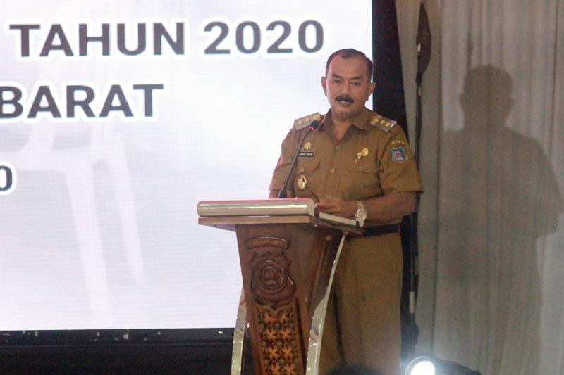 Wakil Bupati Drs. H. Ambir Sakib Saat Sambutan pada Acara Evaluasi dan Konsolidasi Penyelenggaraan Pilkada Serentak Tahun 2020 yang diselenggarakan Polres Tanjab. [FOTO : JambiNET/HMS]